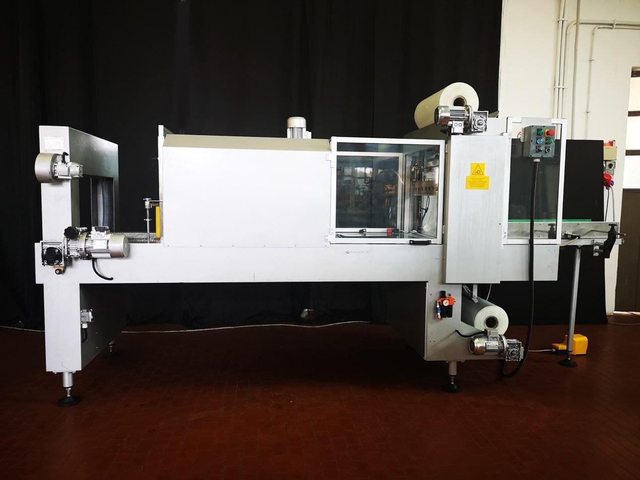 Confezionatrice Fardellatrice automatica Vacuum Pump AM80N 3