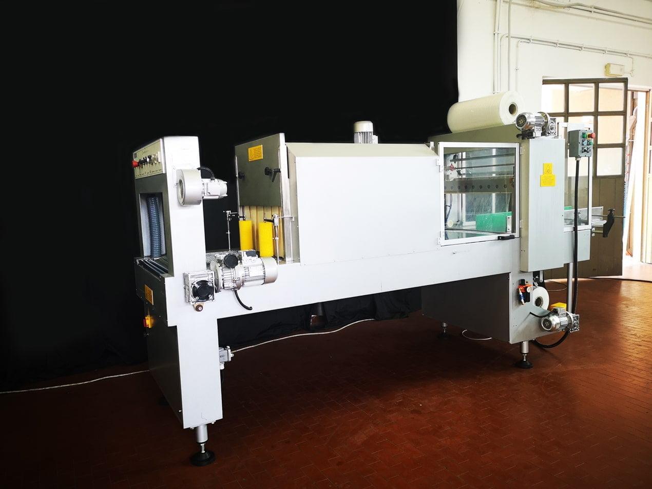 Confezionatrice Fardellatrice automatica Vacuum Pump AM80N 4