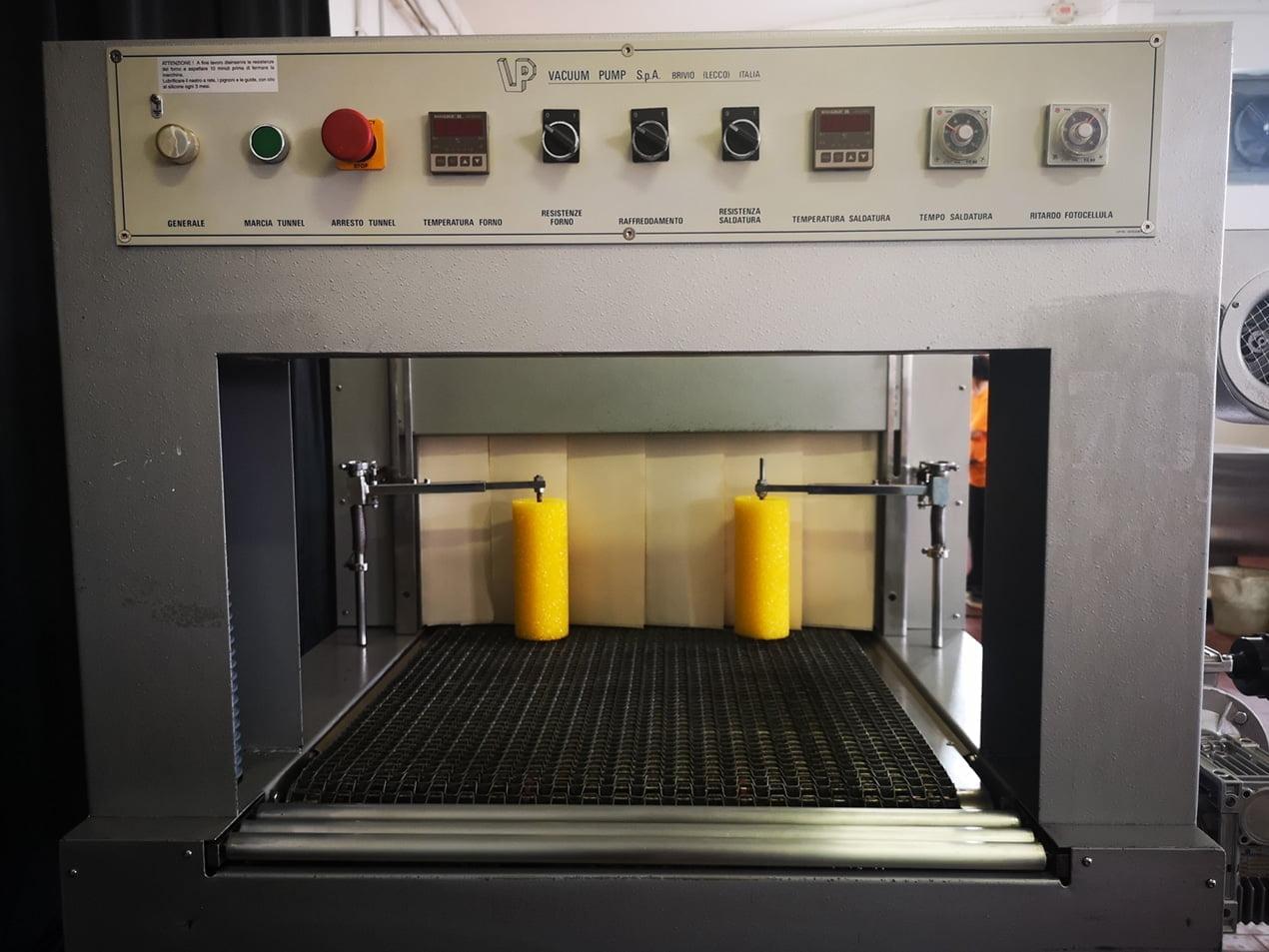 Confezionatrice Fardellatrice automatica Vacuum Pump AM80N 6