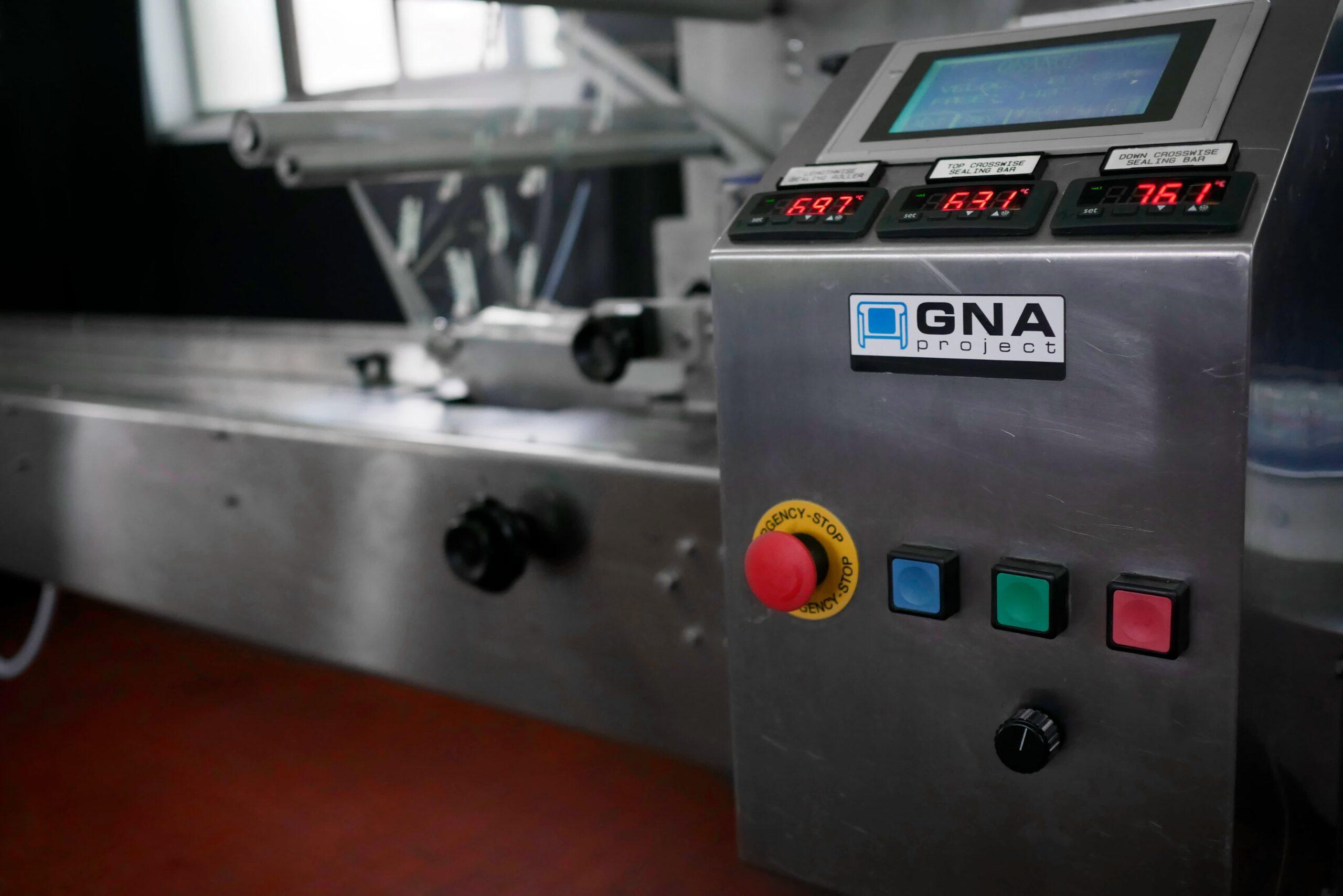 Confezionatrice Flow Pack GNA Orange_3